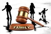 """Cha mẹ kiện ra tòa để đuổi con gái """"ăn bám"""" khỏi nhà"""