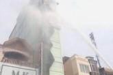 Một quán karaoke ở Hải Phòng bất ngờ bốc cháy dữ dội