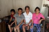 Cuộc sống cùng cực của gia đình có 5 người bệnh tật