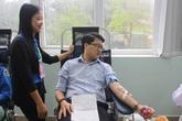 Bác sĩ trẻ tuổi 28 lần hiến máu cứu người bệnh