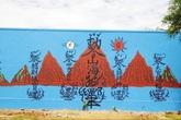 """Xung quanh bức tranh lạ trên tường nhà máy ở Quảng Nam: Bùa """"chiêu tài"""" hay """"chiêu trò""""?"""