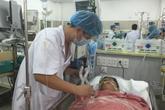 Bác sĩ lý giải vì sao số ca đau đầu, đột quỵ tăng mạnh