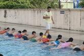 Học sinh vào lớp 6 không cần biết bơi