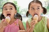 """Muốn không """"ho rũ ruột"""", đừng ăn kem theo cách này"""