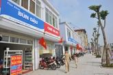 """Hàng quán ở tuyến phố kiểu mẫu Hà Nội: Mất khách vì """"nhan sắc"""" biển hiệu"""