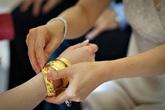 Bi hài quà hồi môn ngày cưới (4): Ly hôn vì của hồi môn