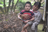 Nghẹn ngào ước mơ của chàng trai 19 tuổi nặng 15kg, cao 90cm