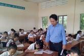 """Thầy giáo """"nối dài chân"""" cho học trò nghèo miền biển"""