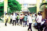 """Tuyển sinh lớp 10 tại Hà Nội: Trường công và tư đều... """"nóng"""""""