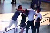 """Vụ nữ nhân viên sân bay bị hành hung: """"Không phải vì 20/10 dư luận mới phẫn nộ"""""""