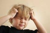 Khi đau đầu cần tránh ăn gì