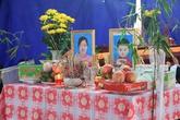 Bé trai 10 tuổi bơ vơ sau vụ nổ ở Hà Đông
