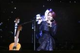 Mỹ Tâm bật khóc khi hát nhạc Trịnh Công Sơn