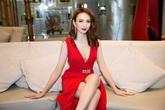 Hoa hậu Ngọc Diễm diện đầm đỏ xẻ sâu khoe khéo vòng một