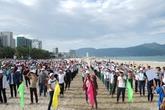 Hàng nghìn sinh viên bảo vệ môi trường biển và loài voọc chà vá chân nâu