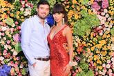 Gia đình chồng Hà Anh tháp tùng siêu mẫu đi làm sau đám cưới