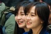 Cặp song sinh 9X tài năng, xinh đẹp nổi tiếng cộng đồng du học sinh Việt