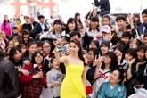 Hoa hậu Phạm Hương khoe vẻ đẹp rạng rỡ ở Hà Nội