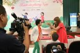 Hoàng Anh tóc xù liên tục xuất hiện cùng nhạc sỹ Lưu Thiên Hương