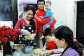BTV Hoàng Trang tiết lộ hình ảnh đời thường trong căn bếp