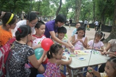 Học sinh nghỉ hè: Muôn hình dịch vụ trông trẻ, dạy hè