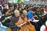 Hàng nghìn người dự đại lễ cầu siêu bên thác Bản Giốc