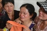 3 nữ sinh viên tình nguyện bị lũ cuốn trôi: Bố mẹ khóc ngất đón con về