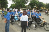 Hà Nội: Xe ôm, nước miễn phí tiếp sức thí sinh kỳ thi THPT Quốc gia