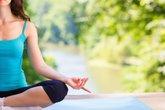 Yoga giúp giảm bớt cơn đau do viêm khớp dạng thấp