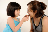 Mẹo đơn giản giúp mẹ bận rộn chăm con
