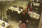 Bắn chết bạn vì giành trả tiền ăn nhà hàng