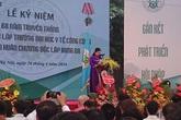 Trường ĐH Y tế công cộng đón nhận Huân chương Độc lập hạng Ba