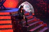 Lê Khánh đột phá hình ảnh trong game show mới