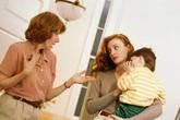 Cuộc sống địa ngục của người phụ nữ gặp phải mẹ chồng ghê gớm
