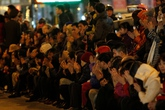 Hàng nghìn người chen chân dâng sao giải hạn
