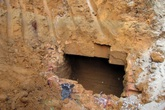 Phát hiện 2 ngôi mộ cổ cạnh trường mầm non