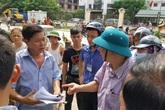 """Hà Nội: Huy động cả phường cưỡng chế """"cấm dân đi thẳng"""""""