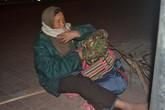 Sự thật về người đàn bà bất hạnh cứ nửa đêm ra ngã tư ngồi