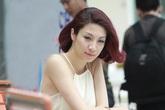 Nữ ca sĩ Việt 'tá hoả' vì lời mời mua giải Á hậu giá 13 ngàn USD