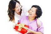 Con dâu Sài Gòn chi cả trăm triệu làm quà tặng bố mẹ chồng ngày lễ Vu lan