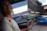 Cảm phục những tài xế xả thân cứu hàng chục người thoát chết trong gang tấc