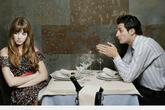 Tình huống khiến bạn nhận ra mình hẹn hò với kẻ ngốc