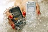 Vì sao hầu hết smartphone Nhật đều có thể chống nước?