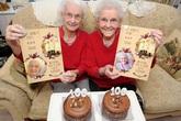 Cặp song sinh 100 tuổi cùng ăn mừng sinh nhật