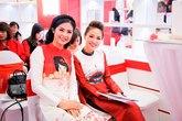 Thanh Vân Hugo hội ngộ Hoa hậu Ngọc Hân trước khi sang Singapore phẫu thuật