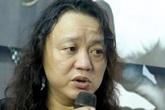 Nhật Hào lặng lẽ khóc rồi hát lại bản hit một thời trong tang lễ Minh Thuận