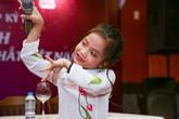 'Ca nương 6 tuổi' lập kỷ lục Guiness Việt Nam