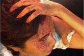 Xôn xao clip công an túm tóc, kéo lê người phụ nữ bán hàng rong