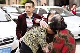 Người phụ nữ trở về sau 17 năm bị bắt cóc và cưỡng hôn
