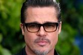 Brad Pitt bỏ bê công việc vì chuyện ly hôn